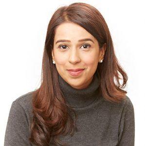 Mrs Ayeza Hanif